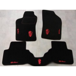 KIT TAPPETI SPECIFICI IN MOQUETTE PER ALFA ROMEO 147