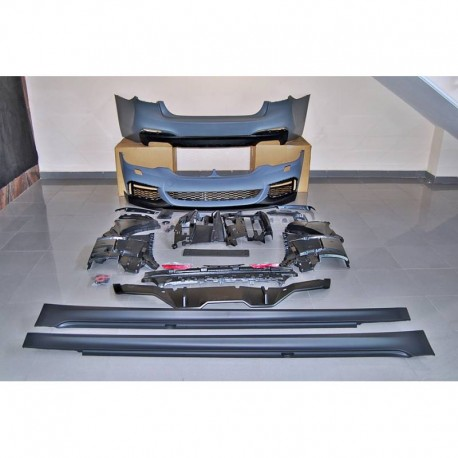 KIT ESTETICO COMPLETO IN ABS BMW SERIE 5 G30 LOOK M-TECH PERFORMANCE 550
