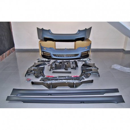 KIT ESTETICO COMPLETO IN ABS BMW SERIE 5 G30 LOOK M-TECH PERFORMANCE 530